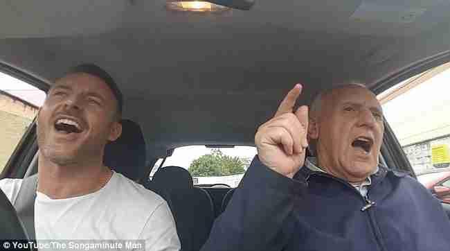 80χρονος άντρας έχει Αλτσχάιμερ αλλά «επανέρχεται» κάθε φορά που ο γιος του κάνει αυτό!