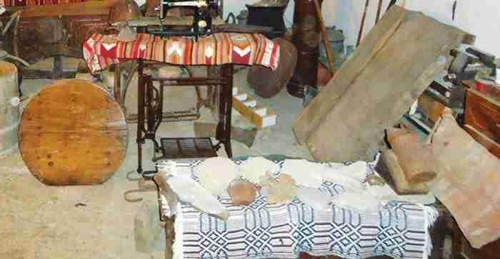 Χρήστος Φράγκος: Ο 14χρονος από τη Φροσύνη που έφτιαξε το δικό του μουσείο στο υπόγειο του σπιτιού του