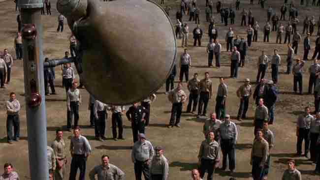 «Τελευταία έξοδος, Ρίτα Χέιγουορθ». Η ταινία που απέτυχε εισπρακτικά αλλά έγινε παγκόσμια επιτυχία!