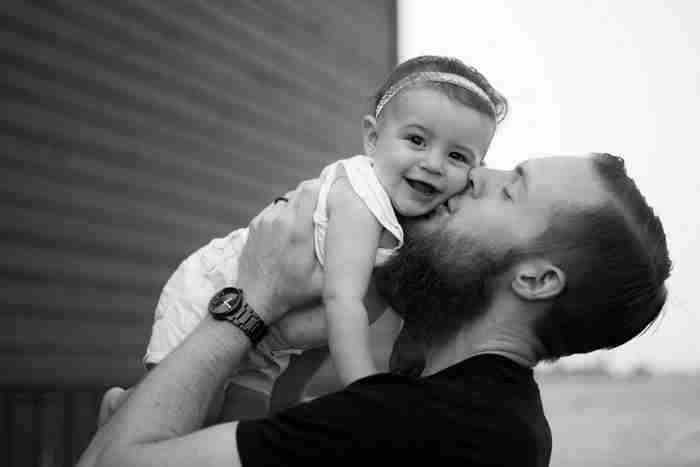 Τι επίδραση έχει στο παιδί ένας πατέρας απών, απόμακρος ή μονίμως απασχολημένος;