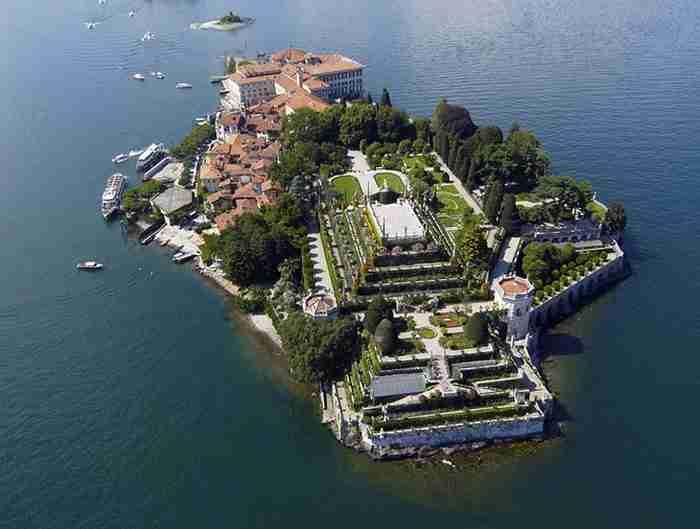 """Αυτά είναι τα 23 """"άγνωστα"""" μαγικά μέρη στον κόσμο. Ανάμεσά τους ένα Ελληνικό νησί"""