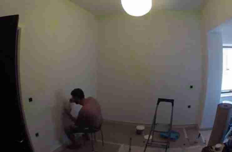 Ένας μπαμπάς από τα Χανιά 4 ημέρες πριν την γέννηση της κόρης του, της ετοίμασε το ωραιότερο δωμάτιο!