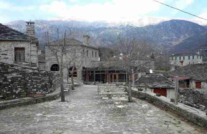 Κάποιοι υποστηρίζουν ότι είναι το ωραιότερο χωριό στο Ζαγόρι. Δείτε τις εικόνες και μάλλον θα συμφωνήσετε μαζί τους