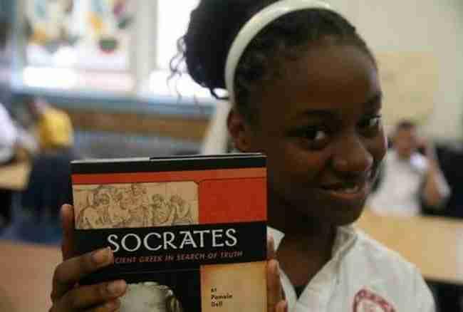 Πανωραία Παναγιωσούλη: Η Ελληνίδα που καθιέρωσε τα ελληνικά ως μόνη ξένη γλώσσα στο Χάρλεμ της Νέας Υόρκης
