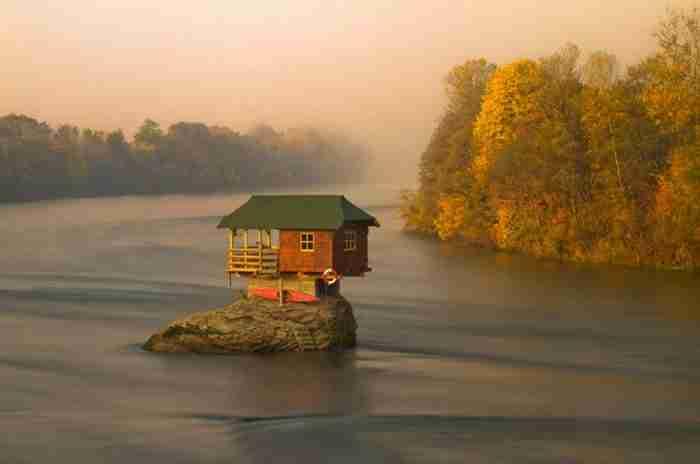 21 απομονωμένα σπίτια - όνειρο για τους μοναχικούς!