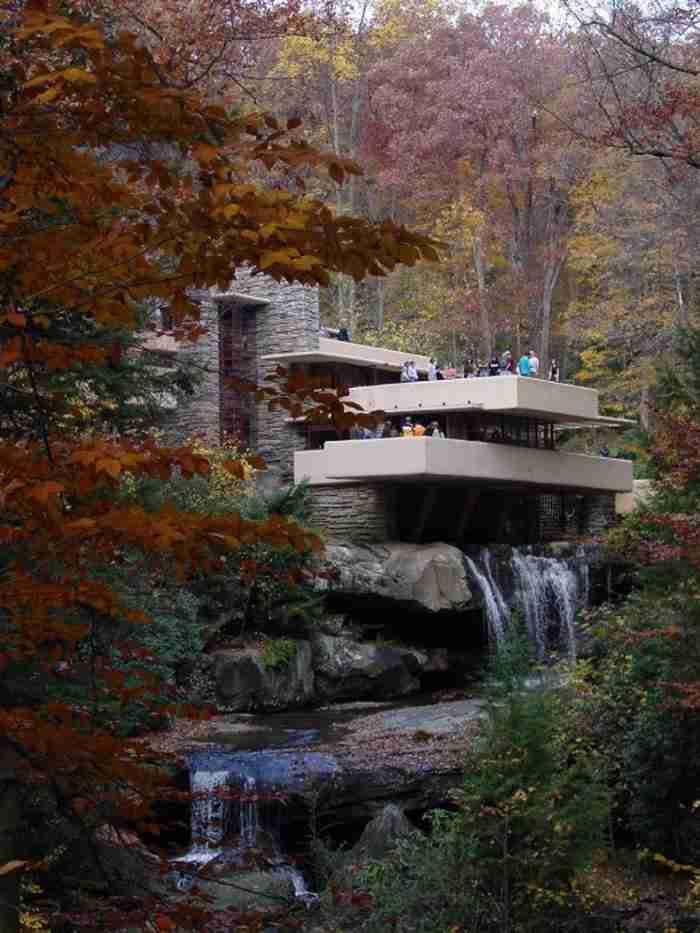 Αυτό είναι το καλύτερο κτίριο που σχεδιάστηκε ποτέ από Αμερικανό αρχιτέκτονα. Εσωτερικά είναι ακόμη καλύτερο