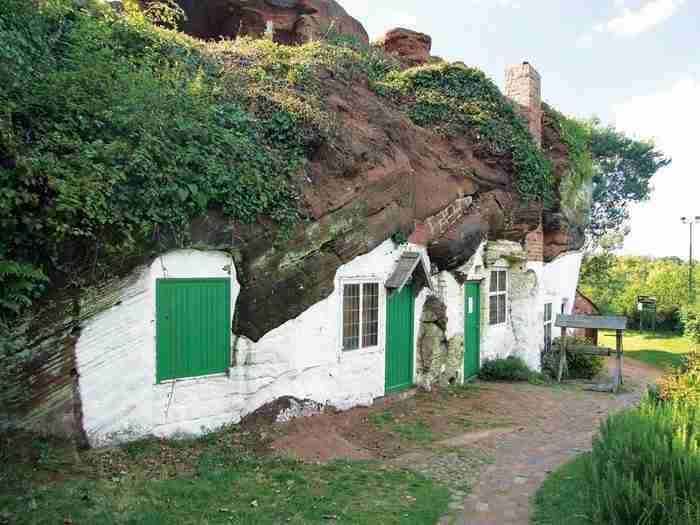 23 σπίτια χτισμένα κυριολεκτικά μέσα στη φύση που προκαλούν δέος!
