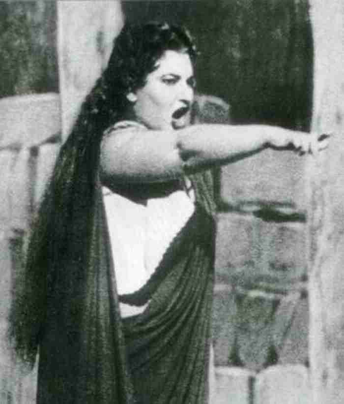 Μαρία Κάλλας: Ο μύθος που έκανε όλους τους Έλληνες υπερήφανους.