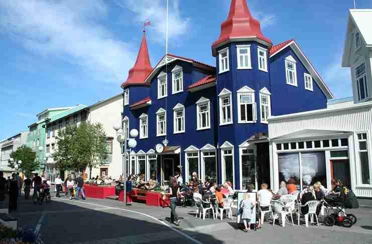 Στην Ισλανδία τα Χριστούγεννα κάνουν δώρα μόνο βιβλία. Διαβάστε περισσότερα για αυτό το υπέροχο έθιμο