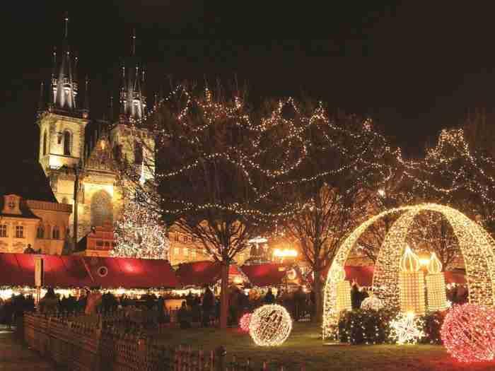 23 φωτογραφίες που αποδεικνύουν ότι η Πράγα είναι πιο όμορφη τα Χριστούγεννα!