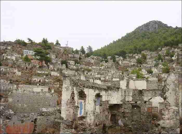Το Μικρασιατικό χωριό φάντασμα που ερήμωσε μετά την εκδίωξη των Ελλήνων και έγινε αξιοθέατο
