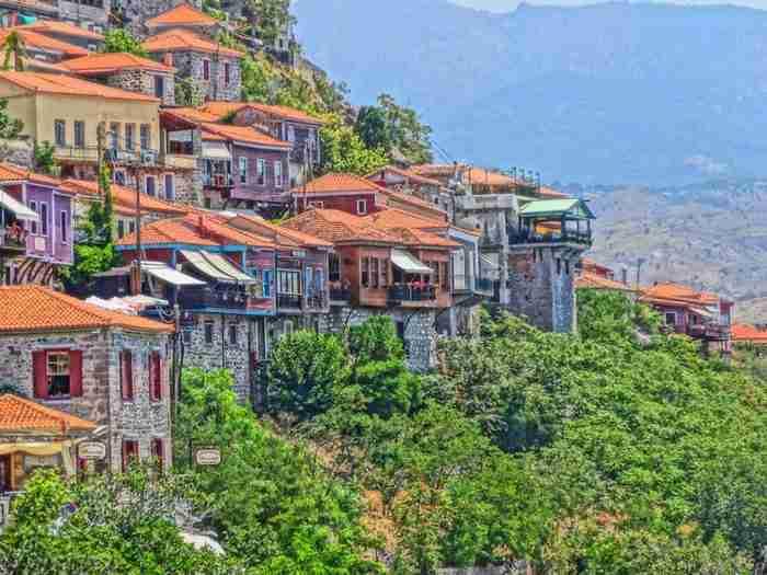 Το χωριό με τα ωραιότερα σοκάκια της χώρας. Κάθε στροφή και ένας καινούργιος πίνακας ζωγραφικής!