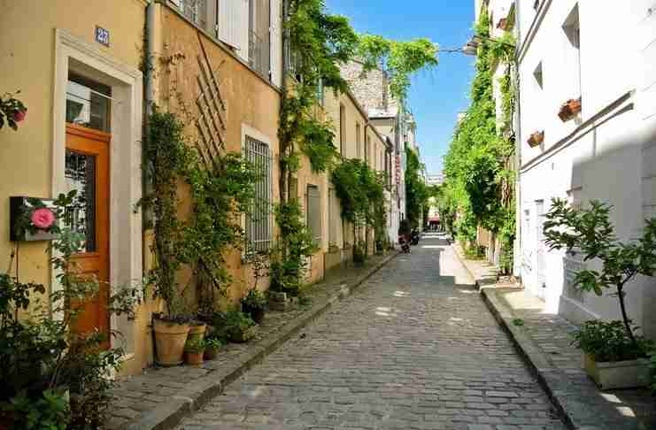 Οδός Θερμοπυλών: Το πιο γραφικό δρομάκι του Παρισιού έχει ελληνικό όνομα!