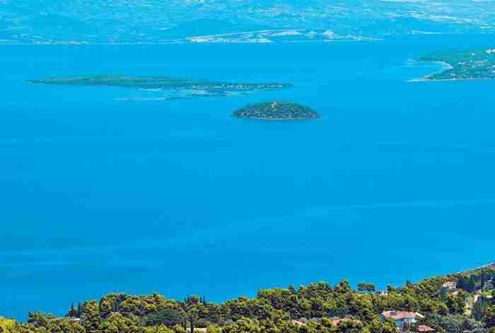 Οι Σεϋχέλλες της Ελλάδας: 1,5 ώρα από την Αθήνα βρίσκεται ένας κρυμμένος παράδεισος που δεν έχει να ζηλέψει σε τίποτα τα εξωτικά νησιά