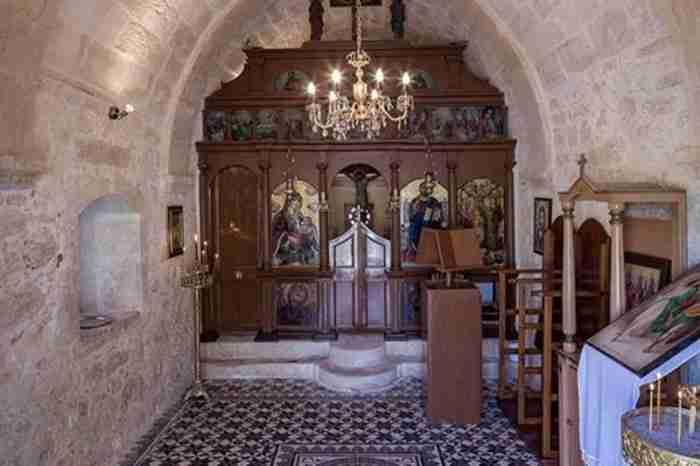 Η εκπληκτική μεταμόρφωση ενός εγκαταλελειμμένου χωριού του 16ου αιώνα στην Κρήτη σε ξενοδοχείο
