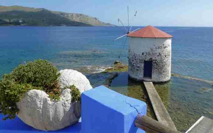 """Η """"Μάλτα"""" του Αιγαίου. Το «αθόρυβο» νησί με εικόνες βγαλμένες σαν από καρτ ποστάλ"""