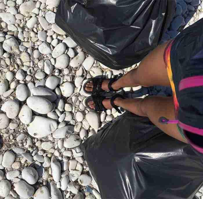 O Γουίλ Σμιθ με την οικογένεια του κάνει διακοπές στην Ελλάδα και καθαρίζει τις παραλίες των Αντίπαξων