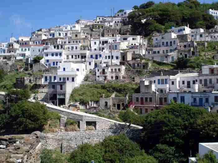 Το ελληνικό χωριό που το National Geographic χαρακτηρίζει ένα από τα ωραιότερα των Κυκλάδων