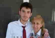 Δρόσος Κονδύλης: Ο μαθητής που αν και ανήκει στο φάσμα του αυτισμού κατάφερε να πετύχει το ακατόρθωτο στις Πανελλαδικές
