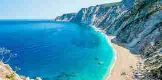 Η πιο επικίνδυνη παραλία της Ελλάδας που κανείς δεν τολμάει να πάει