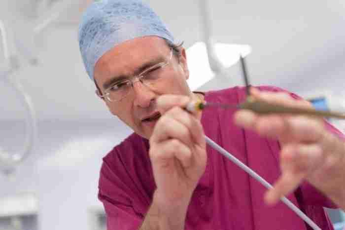 Δημήτρης Κυπαρισσόπουλος: Ο Βολιώτης θωρακοχειρουργός που σώζει ζωές από τον καρκίνο του πνεύμονα