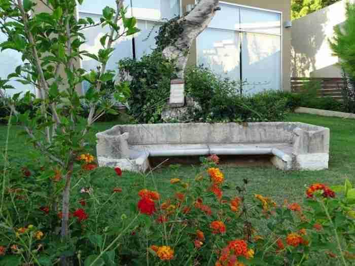 Τα μυστικά της βίλας του Άγγελου Σικελιανού: Η άγνωστη ιστορία του σπιτιού που στέγασε τον έρωτα του ποιητή και της Εύας Πάλμερ