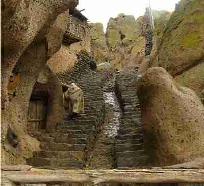 Ένα παράξενο χωριό στο Αφγανιστάν