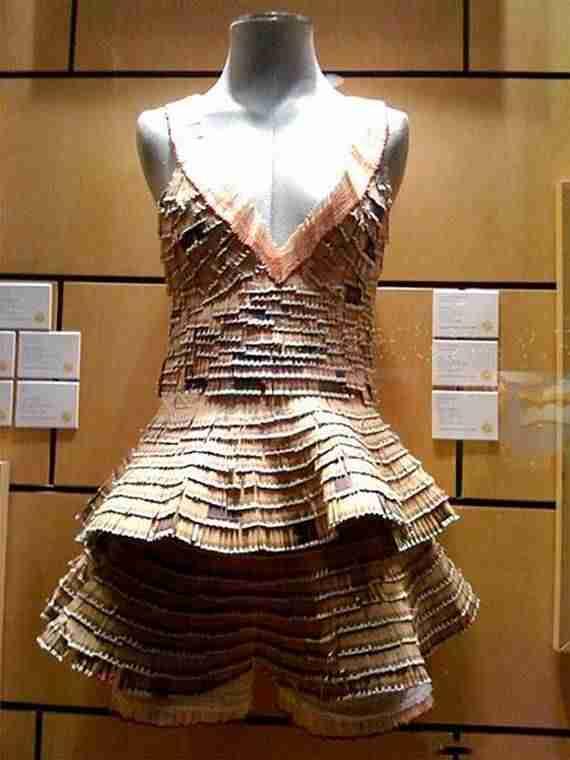 Φόρεμα από σπίρτα