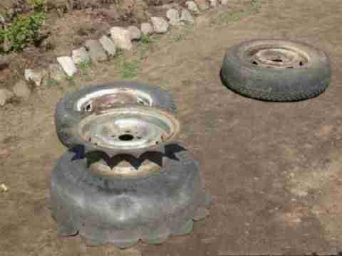 Έχετε παλιά λάστιχα αυτοκινήτων;