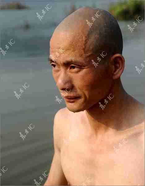 Πώς οι μοναχοί Shaolin περπατούν στο νερό