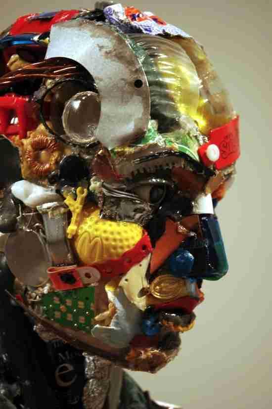 Γλυπτά από σκουπίδια