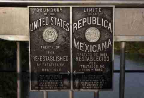 Ταξίδι στα σύνορα ΗΠΑ-Μεξικού