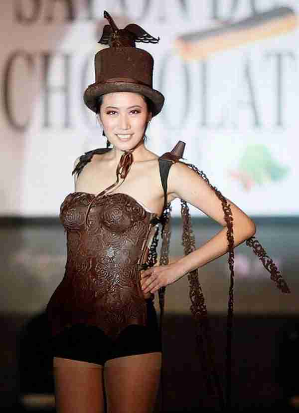 Ρούχα από σοκολάτα!