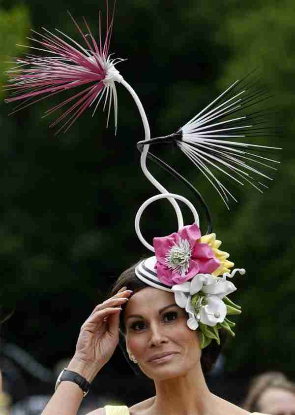 Τα πιο παράξενα καπέλα (2)