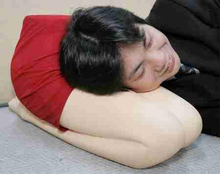 30 ασυνήθιστα μαξιλάρια για το κρεβάτι σας
