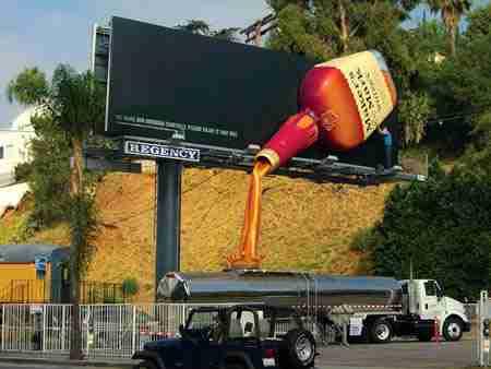 Διαφήμιση για το Bourbon whisky Maker's Mark
