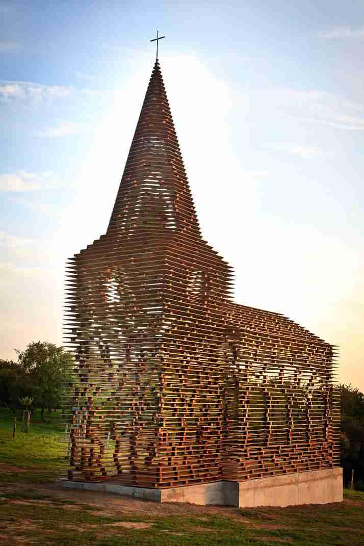Η πρώτη διάφανη εκκλησία