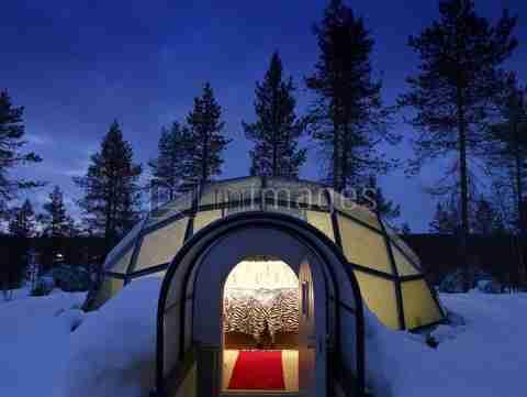 Ξενοδοχείο από χιόνι και πάγο!