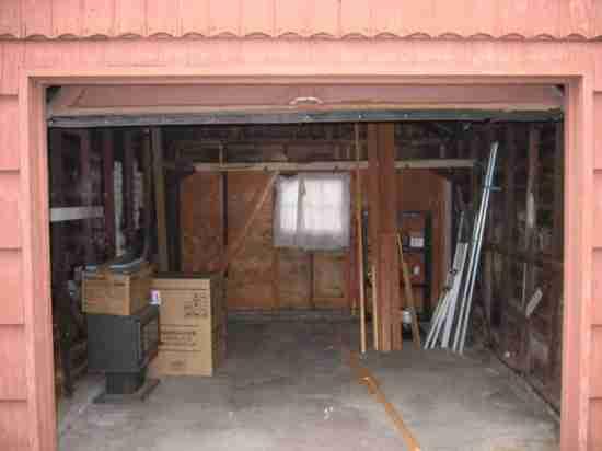 Μετέτρεψε το παλιό γκαράζ σε σπίτι!