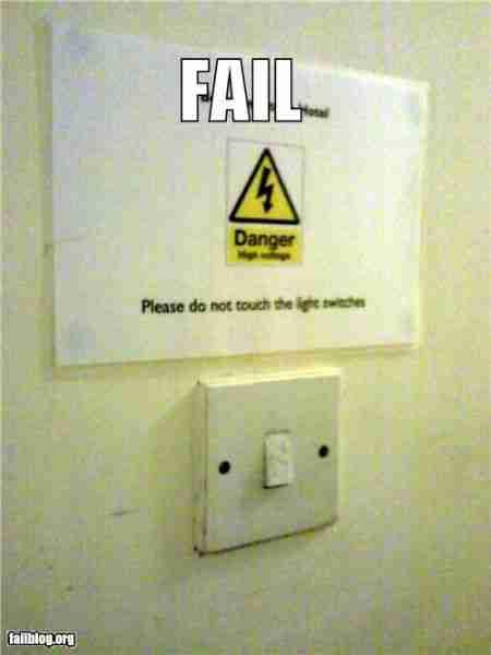 Τρομακτικές προειδοποιητικές πινακίδες
