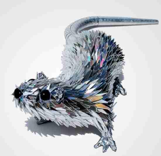 Γλυπτά ζώων από παλιά CDs