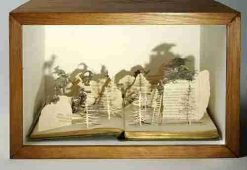 Τα χάρτινα γλυπτά της Georgia Russell