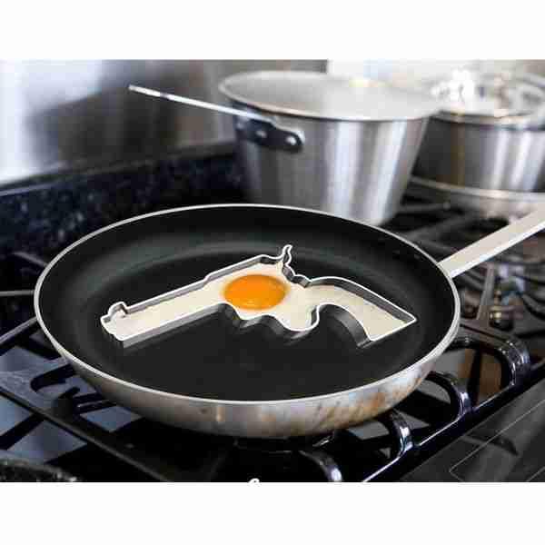 Φόρμα αυγού με σχήμα πιστόλι