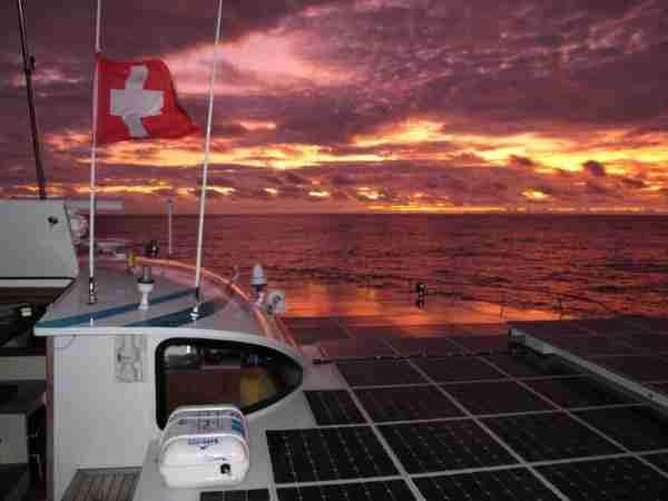Ο γύρος κόσμου με το πρώτο ηλιακό σκάφος