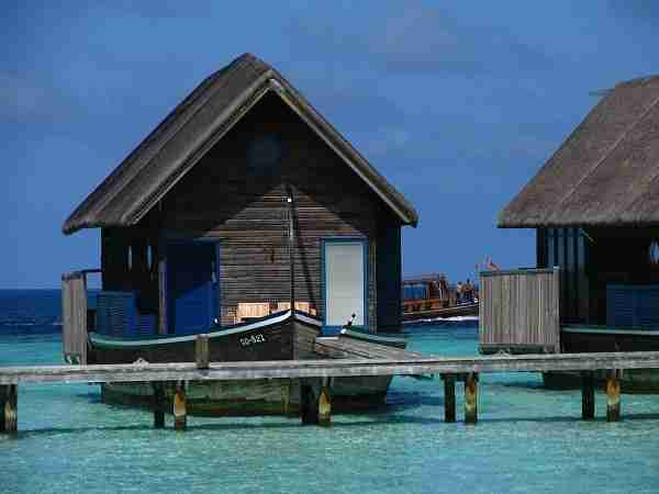 diaforetiko.gr : Boat Hotel at Cocoa Island Maldives 4 Ένα εκπληκτικό ξενοδοχείο πάνω σε βάρκες, στις Μαλδίβες!!!!