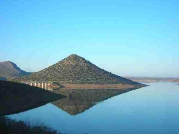 Masatrigo Hill - ο τέλειος κώνος της Φύσης