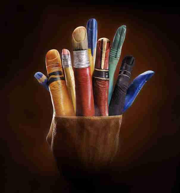Εκπληκτική ζωγραφική χεριών από την Annie Ralli