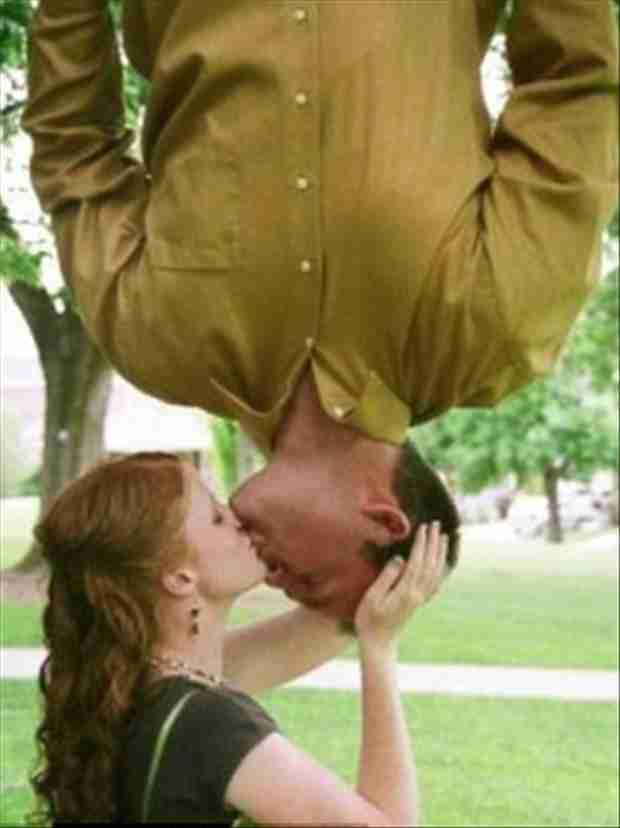 Αστείες ρομαντικές στιγμές