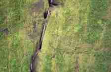 """Η """"τρύπα του Σιδήρου"""" στο νησί Ρεουνιόν"""