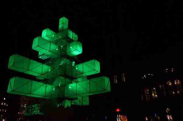 Τα 20 ωραιότερα Χριστουγεννιάτικα δέντρα στον κόσμο